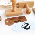 Con un sello con tu logo podrás hacerte unas tarjetas de visita DIY