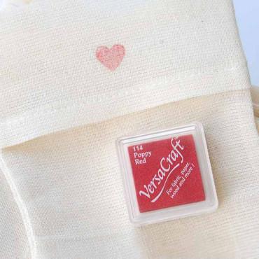Tinta roja VersaCraft para estampar en fibras naturales como algodón