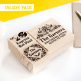 OPCIONAL: Puedes añadir el Deluxe Pack en las opciones de producto (dos sellos pequeños)
