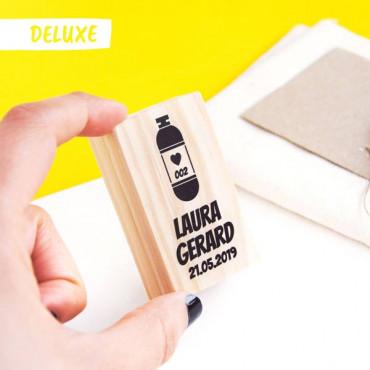 OPCIONAL: Añade el sello Deluxe en las opciones de producto. Escribe el número de la cápsula.