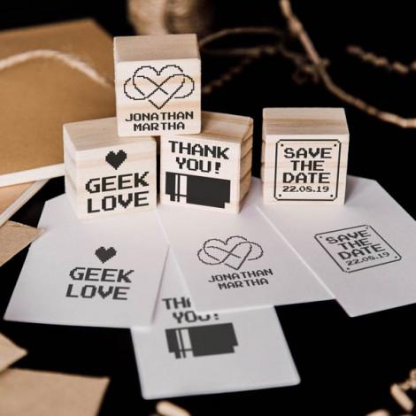 """Pack 4 sellos de boda """"Geek Love"""""""