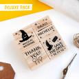 DELUXE PACK: Puedes añadir 4 sellos personalizados en el apartado de opciones.