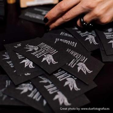 Sello personalizado con logotipo para tarjetas de visita hechas a mano
