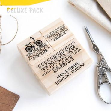 OPCIONAL: Añade el Deluxe Pack en las opciones de producto (2 sellos pequeños)